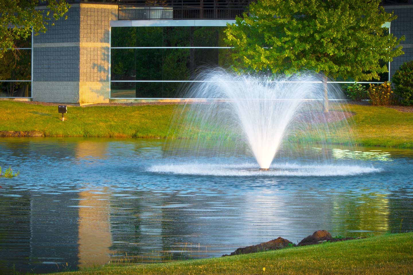 Outdoor Water Fountains, Pond Water Features, Fountain Pumps, Kits And  Supplies From Scott Aerator | Scott Aerator